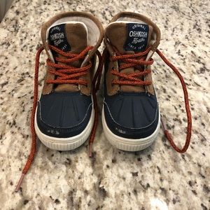 OshGosh Winter Boots - Size 9